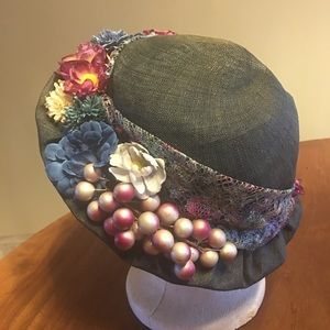 Blue Straw-hat With Flowers One Size